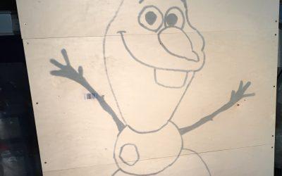 Feuerwerk zu Disney's Frozen mit Olaf Lichterbild